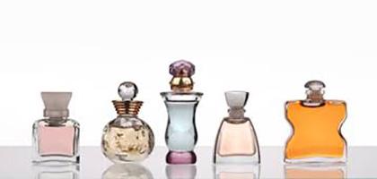 ده فایده استفاده از عطر در بهبود  جسمی و روحی